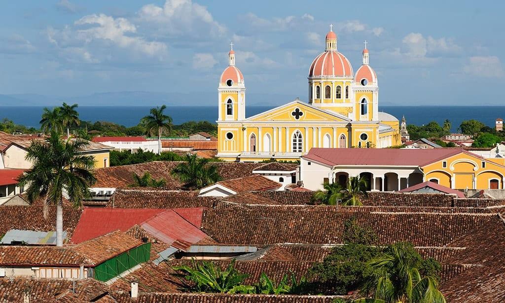 nicaragua-cosa-vedere-granada-cattedrale-viaggio