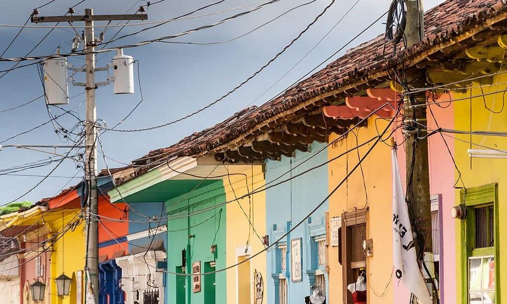 nicaragua-case-coloniali-colori-viaggio-su-misura
