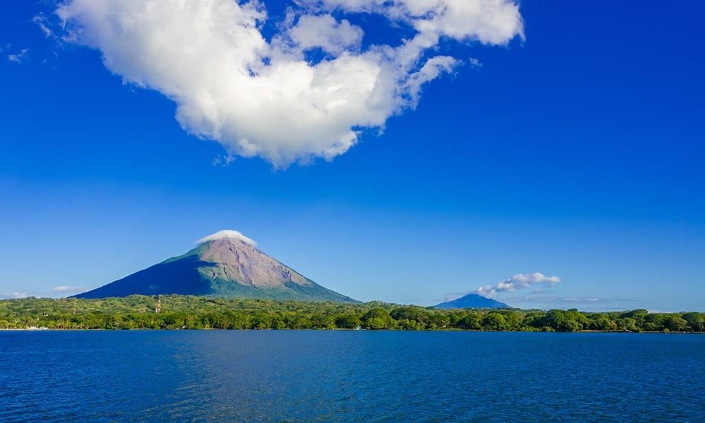 nicaragua-cosa-vedere-ometepe-vulcani-viaggio-su-misura