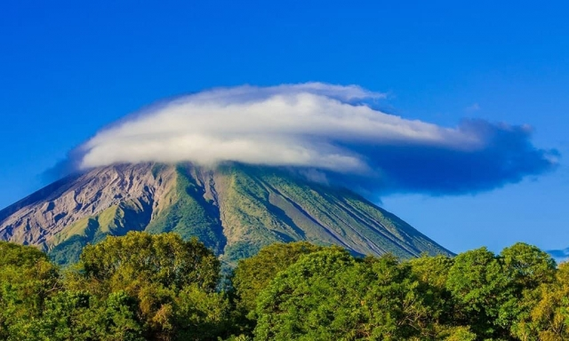 nicaragua-laghi-isole-vulcani-ometepe-viaggio-su-misura